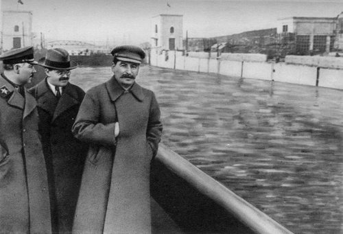 Voroshilov-molotov-and-stalin-yezhov-airbrushed-out-of-history-by-unkn-75848599