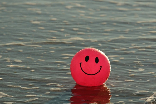 FREE-credit-www.maxpixel.net-Smiley-Beach-Ball-Happy-Ocean-Smile-Pink-1845546