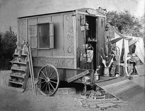 PD-Medicine wagon 1